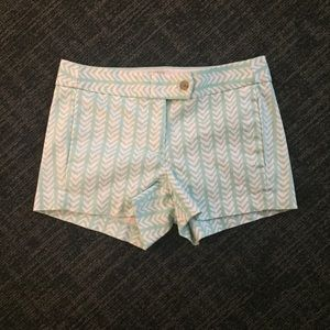 J-Crew mint and white arrow design shorts